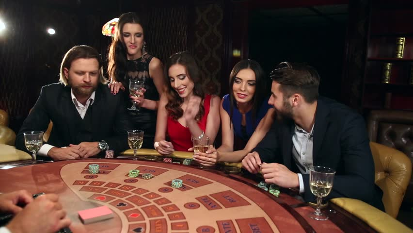Play at an Online Casino